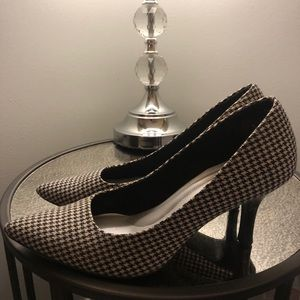 "Black and White High Heels 3"" Women's Size 11"